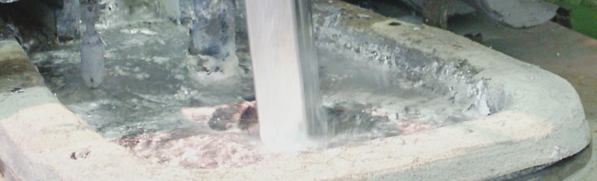 El zinc fundido a presión de aleaciones